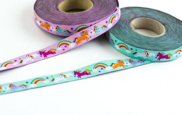 5m Rolle Webband Design by Stoffwelten, 15mm breit, Rainbow Unicorns mint